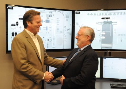 Dr. Peter Lyons, U.S. Department of Energy Assistant Secretary of Nuclear Energy, and B&W mPower's C ...
