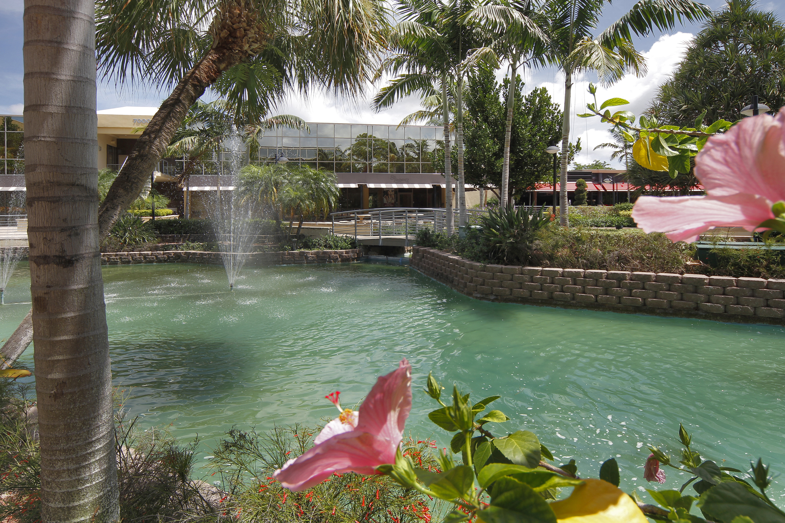 Fountains Center in West Boca Raton  (Photo: Business Wire)