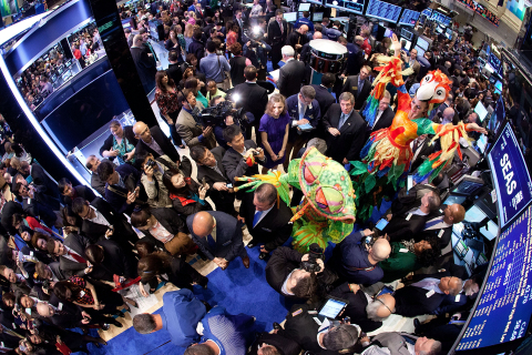 SeaWorld Entertainment Inc. brings the excitement its theme parks to the NYSE trading floor on IPO day. (Photo: Business Wire)