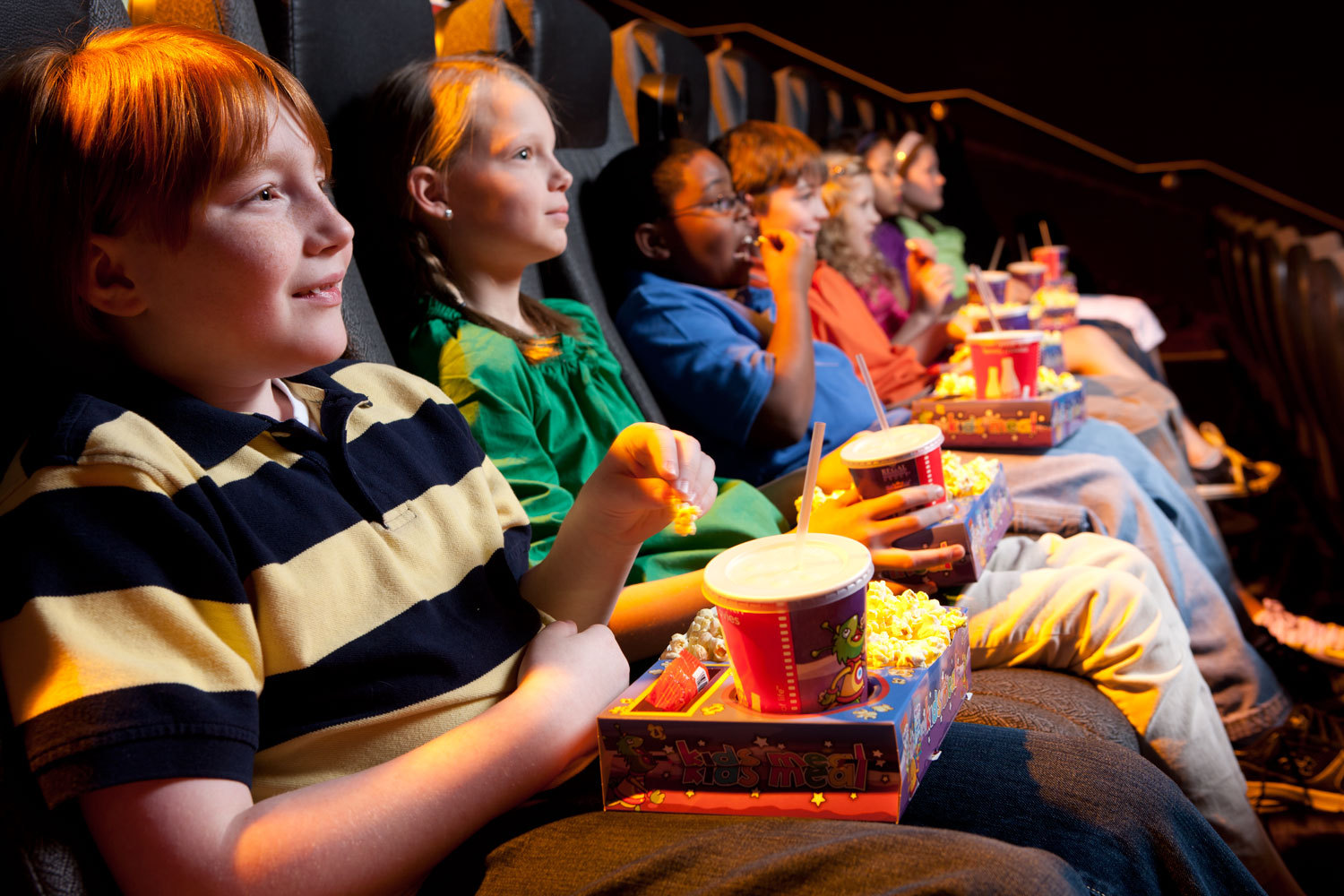 regal entertainment group announces summer movie express  full size
