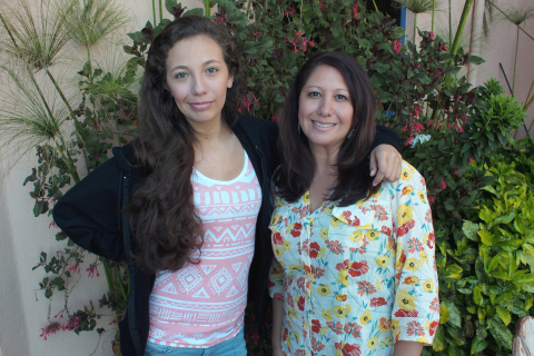 Taylor Simpson and mom Lori Vargas are on the mend after an April 2 kidney transplant at Packard Children's. (Photo: Business Wire)