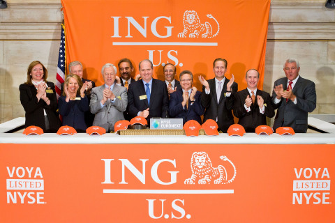 ING U.S. Chairman and Chief Executive Officer Rodney O. Martin, Jr., joined by members of the ING U. ...