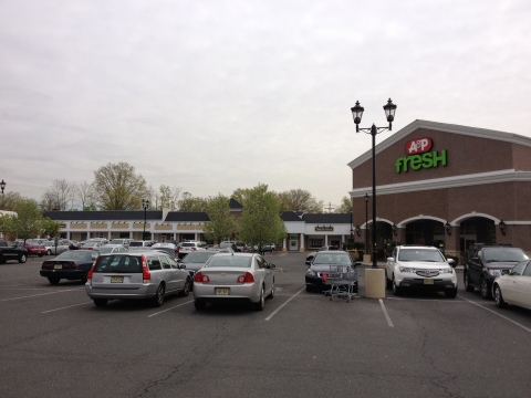 Village Shopping Center, New Providence, NJ (Photo: Business Wire)