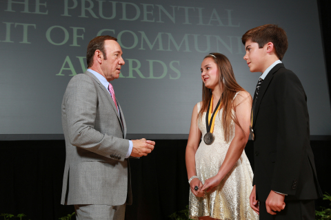 Academy Award-winning actor Kevin Spacey congratulates Allyson Ahlstrom, 17, of Santa Rosa (center) and Teagan Stedman, 13, of Thousand Oaks (right) on being named California's top two youth volunteers for 2013 by The Prudential Spirit of Community Awards. Allyson and Teagan were honored at a ceremony on Sunday, May 5 at the Smithsonian's National Museum of Natural History, where they each received a $1,000 award. (Photo: Business Wire)