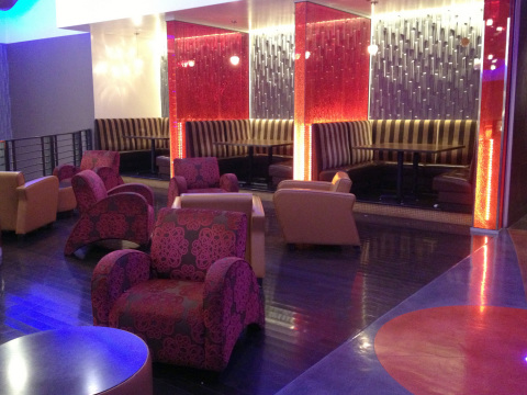 Luxury theatres can include many upscale amenities such as this lounge at Regal SouthGlenn Stadium 14 in the Denver area. Source: Regal Entertainment Group