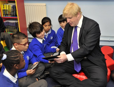 Mayor of London, Boris Johnson, visits St Mary's Catholic Primary School in support of the Get Reading Campaign. Pupils read The Wind and the Willows with the Mayor from NOOK® eReaders. (Photo: Business Wire)