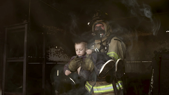 In support of the campaign for a National First Responder Day, Duracell spent time running drills with the #1 Firefighter Combat Challenge team in Canada at their training facility.