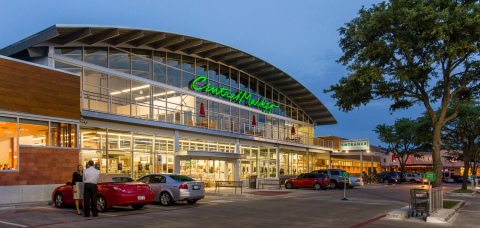 Photo of Preston Oaks Shopping Center. (Photo: Business Wire)