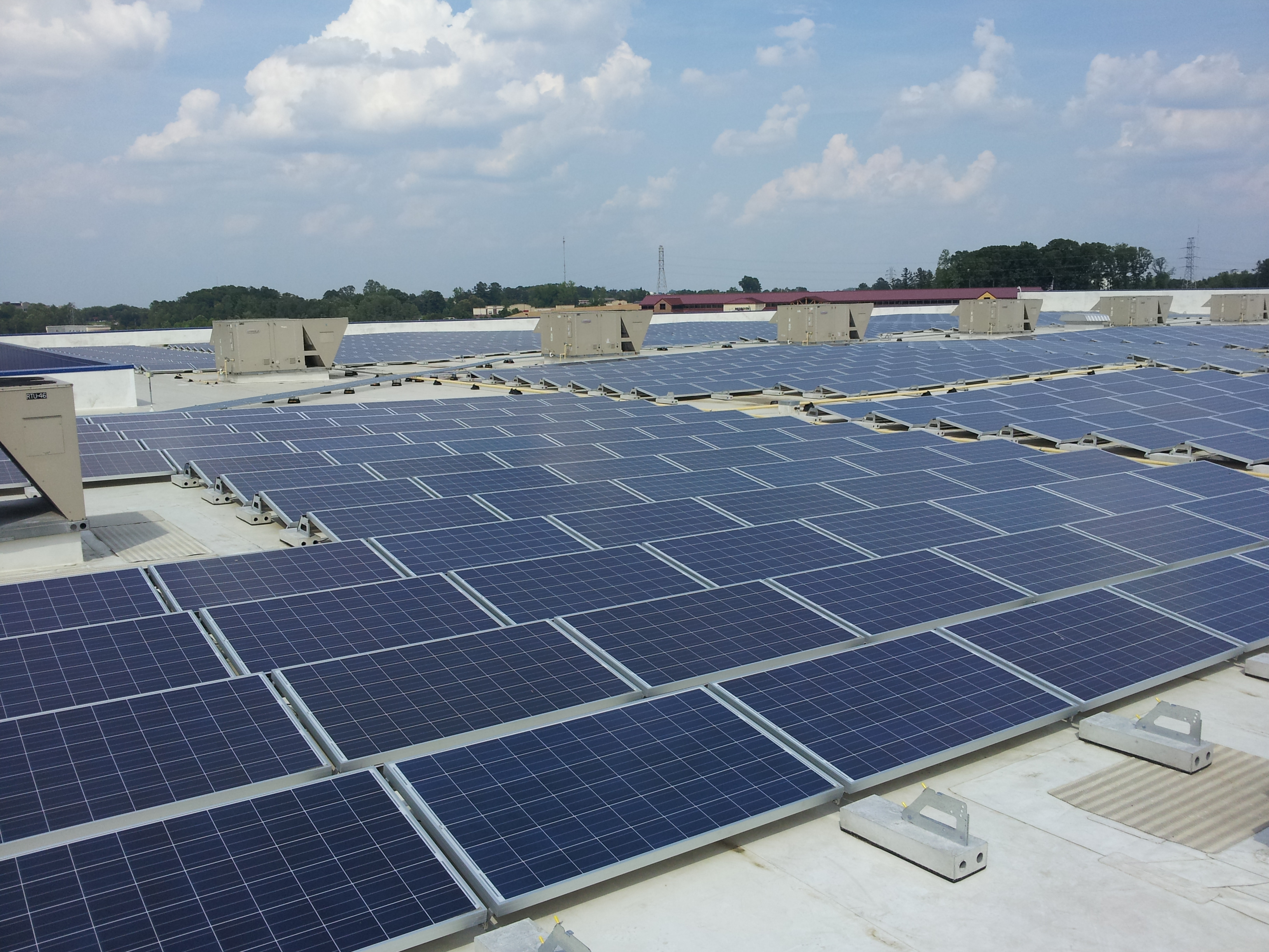 Ikea powers up solar panels atop charlotte nc store its for Ikea outlet charlotte nc