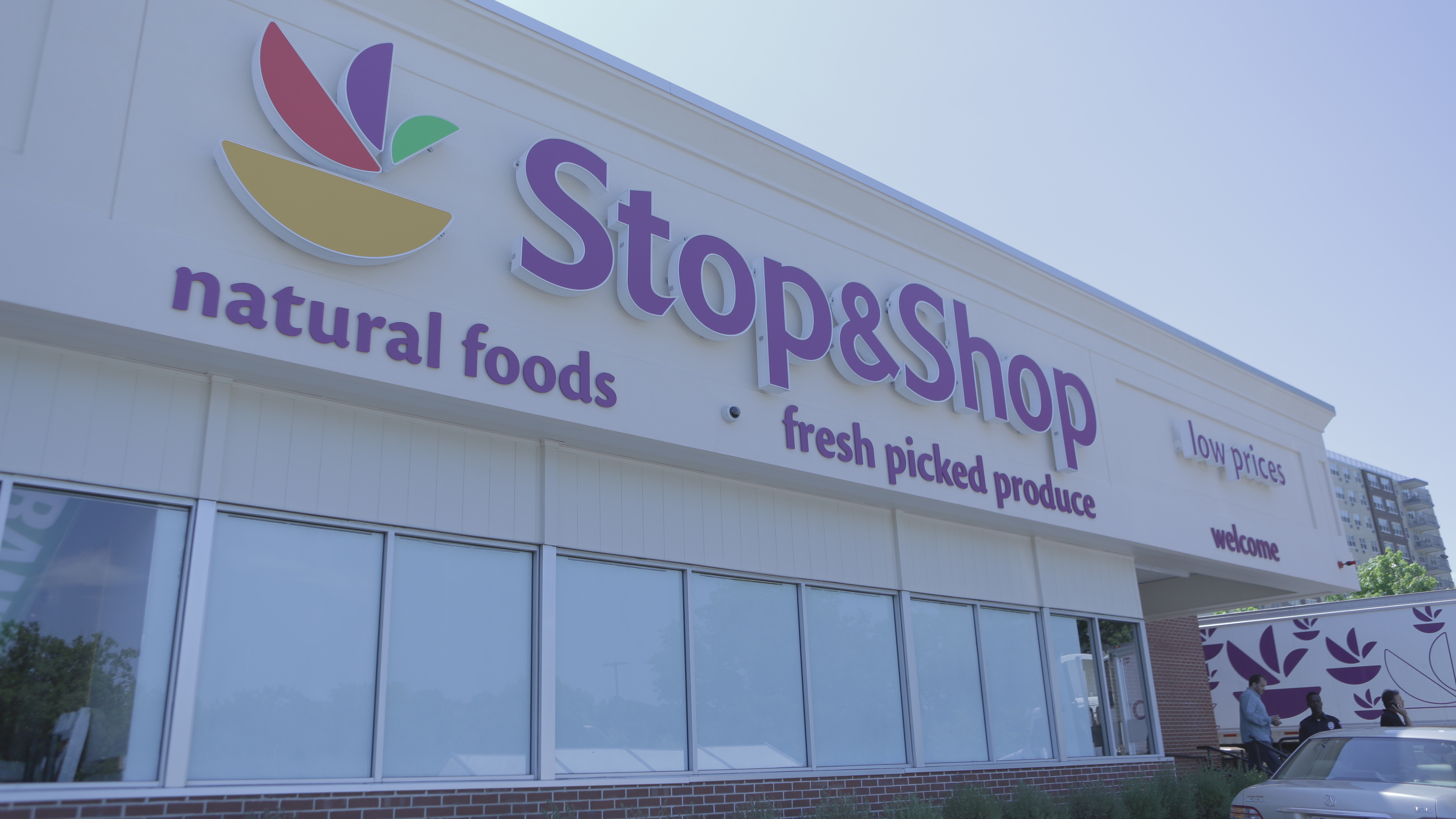 when will stop and shop open