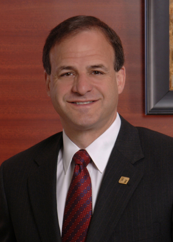 Steven Alonso, executive vice president, Consumer Bank, Fifth Third Bancorp (Photo: Business Wire)