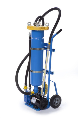 Eaton's FloWash Basic Filter Cart is an easy-to-deploy mobile system that helps keep your shop floor ...