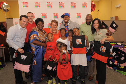 Fort Lauderdale, Fla. - Nick Cannon (center) joined the Office Depot Foundation in Fort Lauderdale, ...