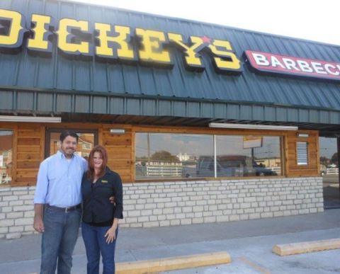 General Manager George Scalise and Owner Amberly Patrick at the new Dickey's in Cleburne (Photo: Business Wire)
