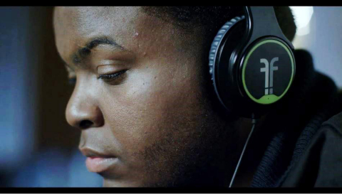 Flips Audio debuts Flips, the first ever headphones that convert to HD speakers, in Epic Recording artist Sean Kingston's newest video: Seasonal Love ft. Wale premiering today on Vevo. (Photo: Business Wire)