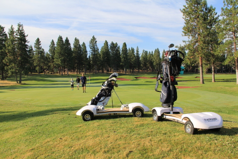 The GolfBoard with and without Bag Holder (Photo: Business Wire)