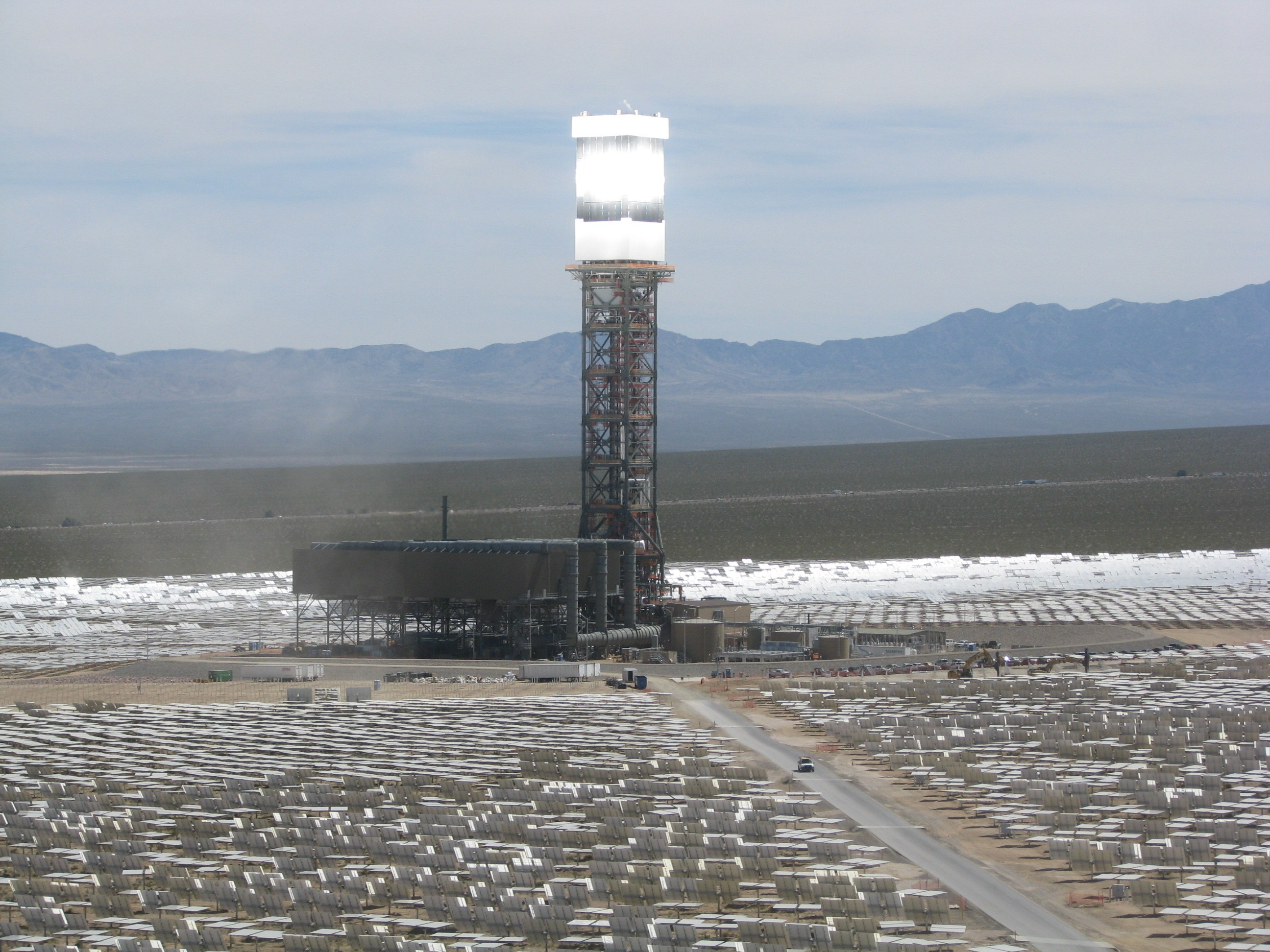 Ivanpah First Sync (Photo: Business Wire)