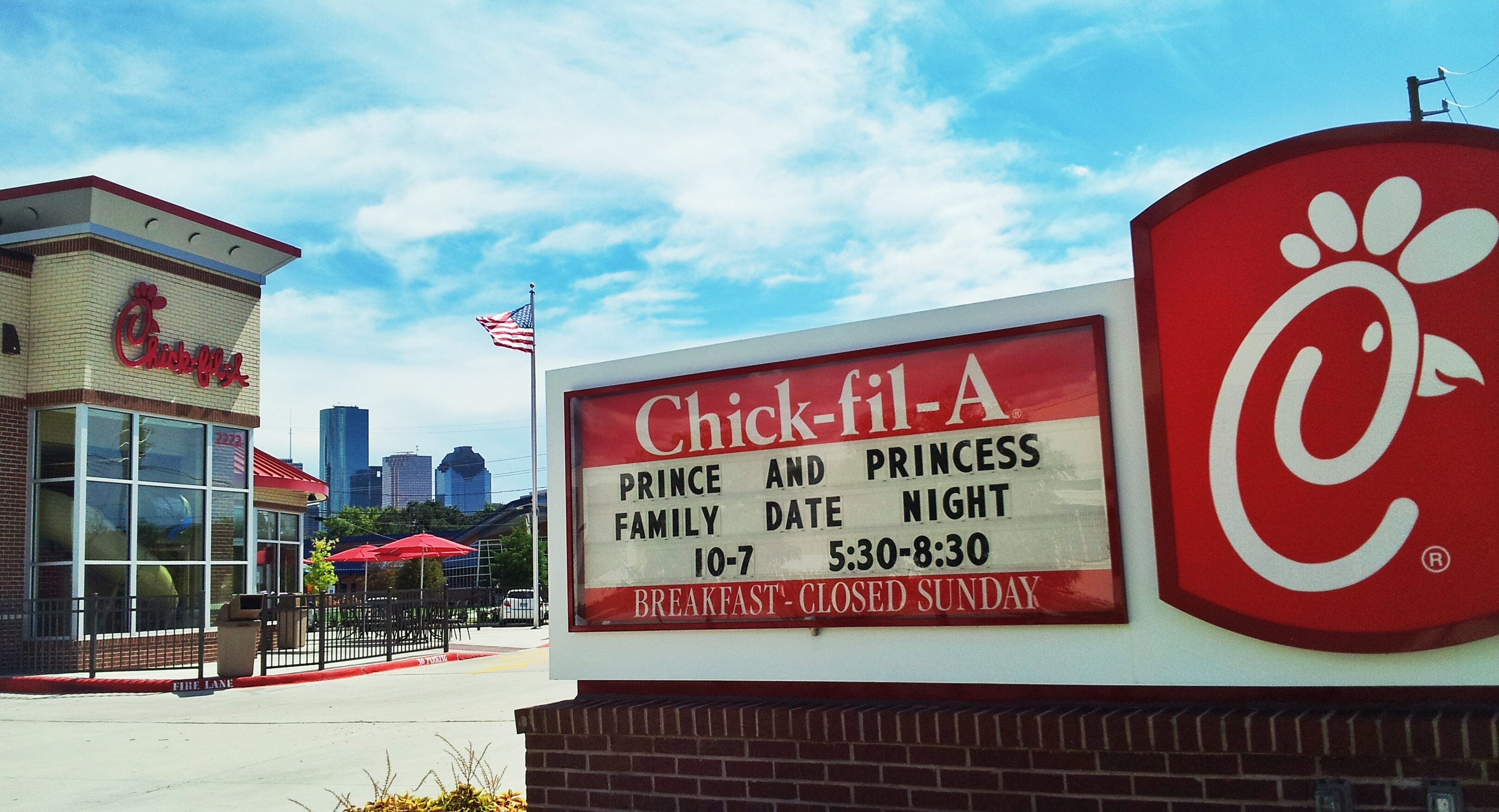 Houston Area Fil A Restaurants Invite 4 000 Families To Dinner At Family Date Night Events Business Wire