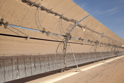 The Solana Generating Station, located near Gila Bend, Ariz., has successfully passed final production tests and entered commercial operation. At 280 megawatts, Solana is the world's largest parabolic trough plant and the first solar plant in the United States with thermal energy storage allowing for electricity to be produced at night. Unlike other solar-powered electrical plants, Solana produces electricity at full capacity for up to six hours after sunset, using Concentrating Solar Power (CSP) technology with solar thermal storage. Arizona Public Service (APS) will purchase the full output from Solana for its customers, adding to the company's already substantial solar portfolio. This is Abengoa's first utility-scale solar plant in the country to begin operation. (Photo: Business Wire)