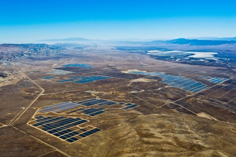 California Valley Solar Ranch. (Photo: Business Wire)