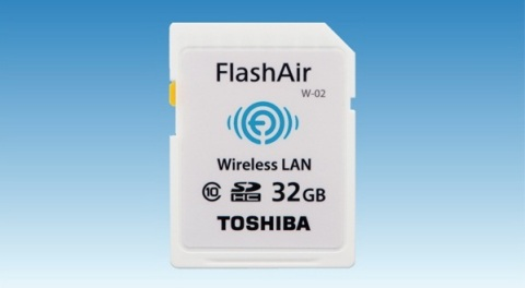 "Toshiba: 32GB ""FlashAir(TM)"", the SDHC memory card with embedded wireless LAN communications (Photo: ..."