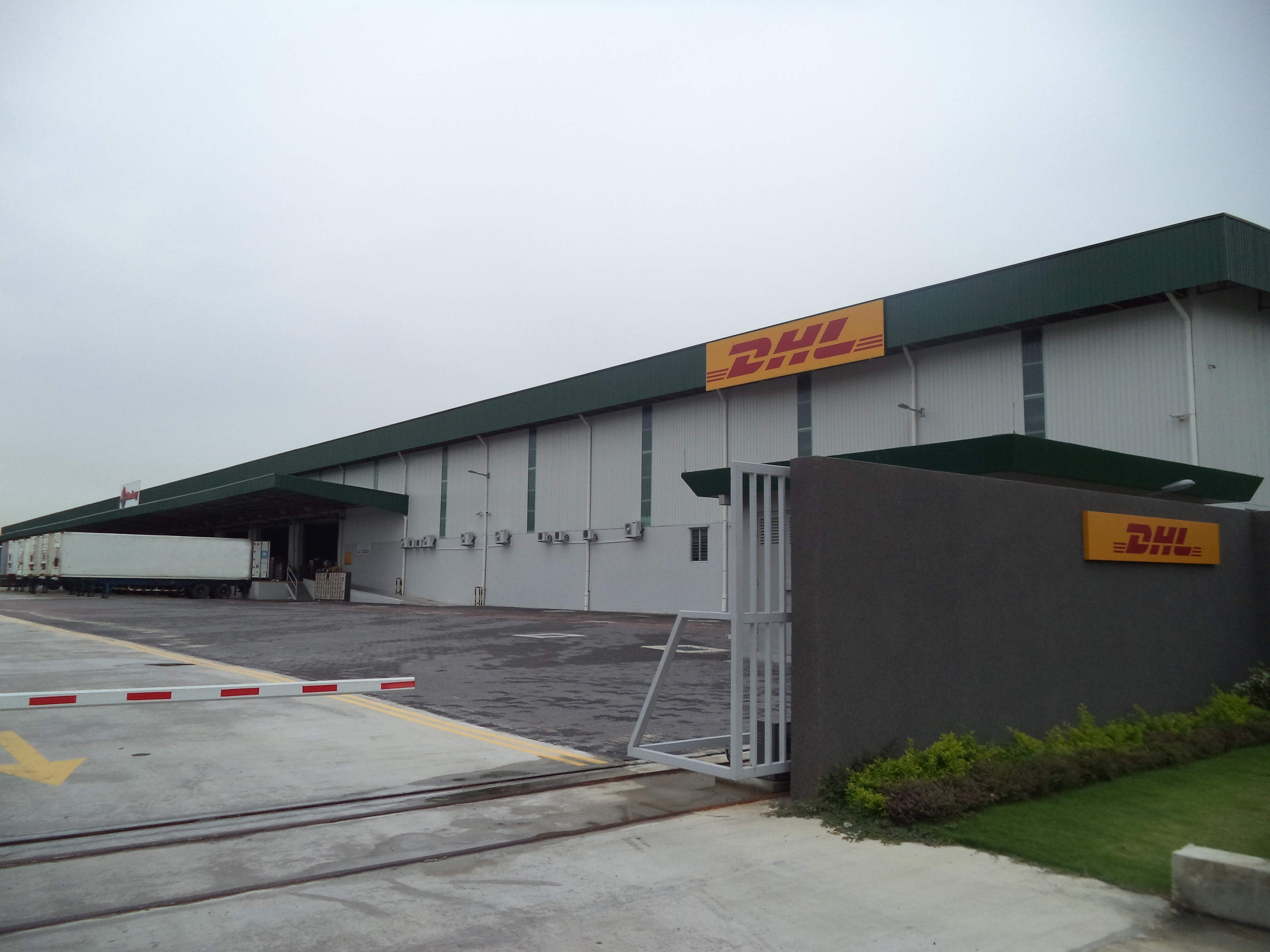 DHL Unveils International Supply Chain Hub in Tanjung Pelepas ...