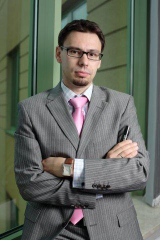 Marek Judas holds a Master of Science in Electrical Engineering from the Franco-Polish School of New Information and Communication Technologies. He started his career in 1995 at Andersen Consulting, and then created SNAP Consulting, a company offering business consulting. In 2004 he became CEO of AMG.net, a company offering IT services which Bull acquired in 2006. He held the position of CEO and was appointed in 2012 General Manager for all Bull Group activities in Poland. (Photo: Business Wire)