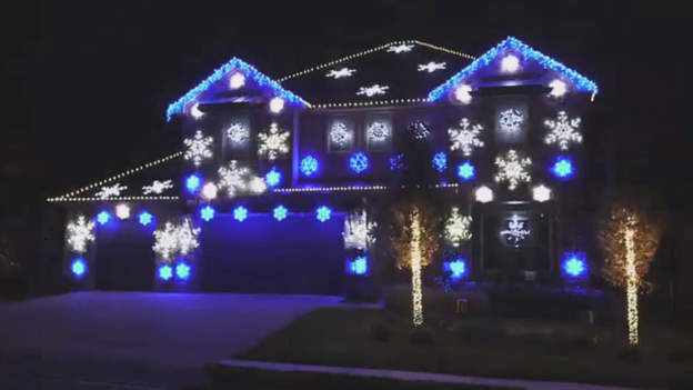 Outdoor holiday decorating tips from lights display expert John Storms