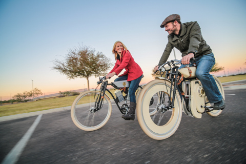 Out for a ride on the new Local Motors Cruiser Prototypes. (L) Electric-powered Cruiser prototype. (R) Gas-powered Cruiser prototype. (Photo: Business Wire)