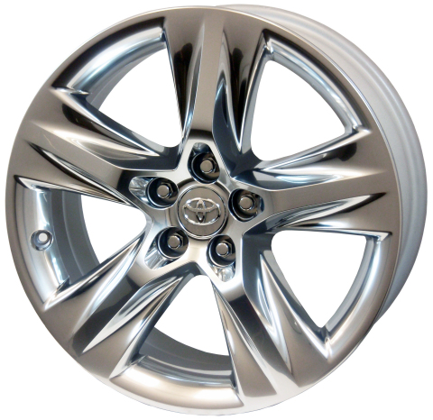 Lacks Chromtec(R) aluminum wheel featured on the 2014 Toyota Highlander mid-size SUV truck. (Photo:  ...