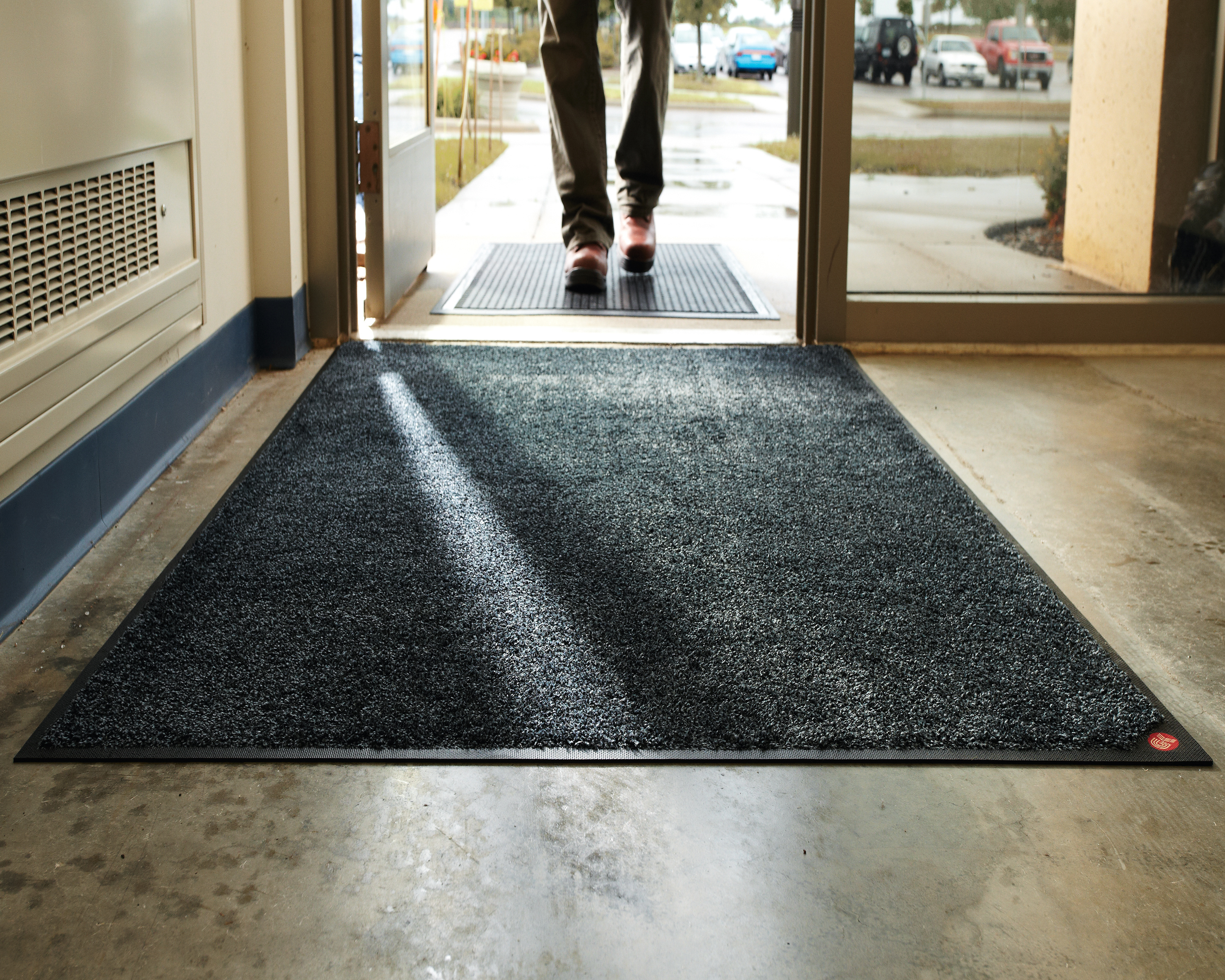G Amp K Services Promotes Winter Safety With Floor Mat Tips