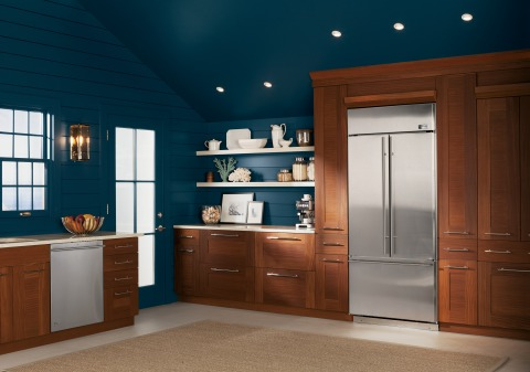 The new Monogram® French door built-in refrigerator and dishwasher (ZDT870) exude style and function from the inside out. (Photo: GE)