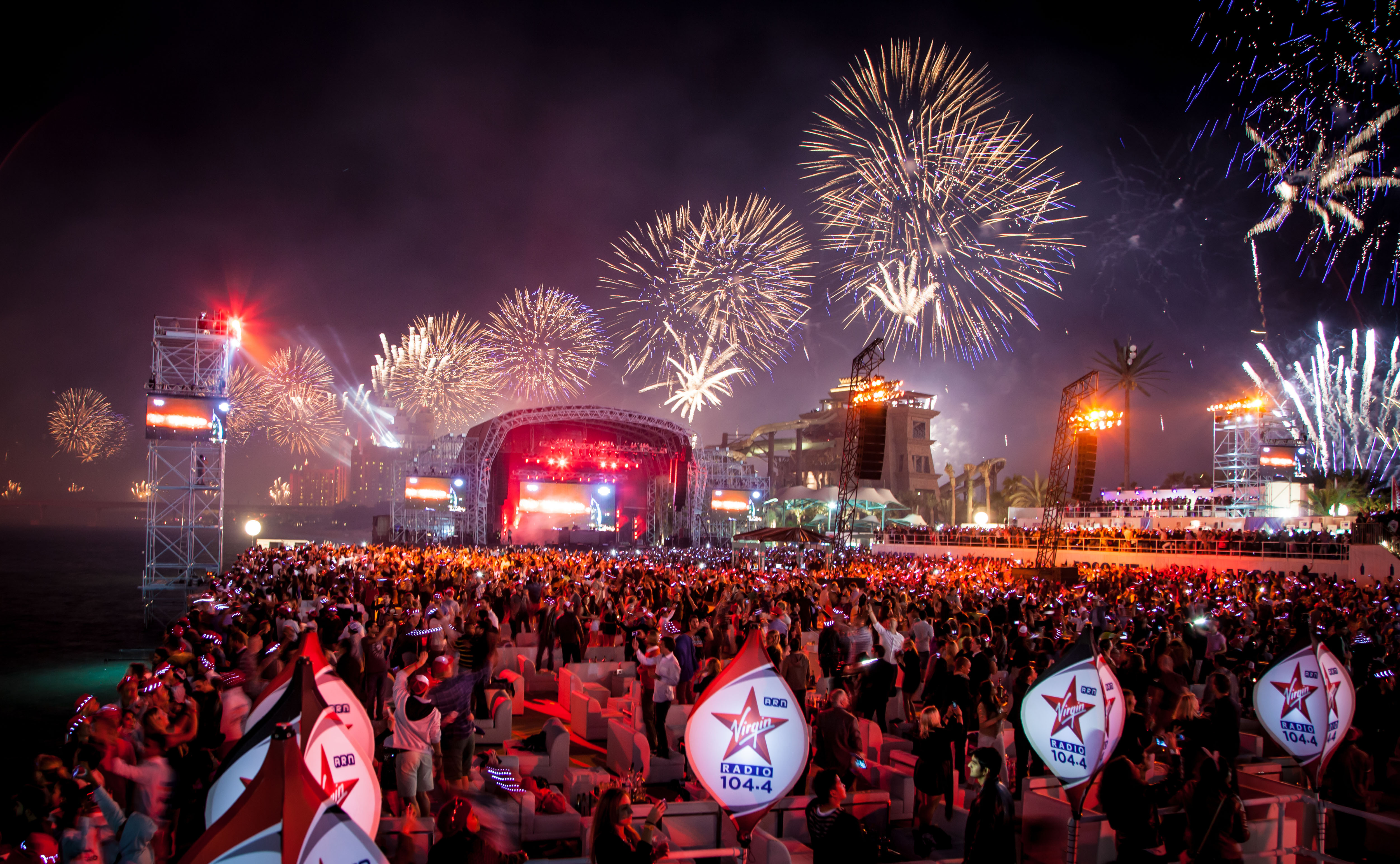 Sandance with spectacular record breaking fireworks (Photo: Business Wire)
