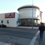 What the L is going on at Staples? The Wilshire Boulevard store is missing a letter. (Photo: Business Wire)