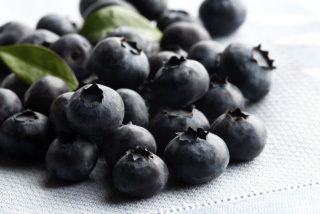Driscoll's Blueberries are plump, packed with rich flavor and full of antioxidants. They're also non-fat, high in fiber and contain many essential nutrients like vitamin C, folate, and iron. (Photo: Business Wire)