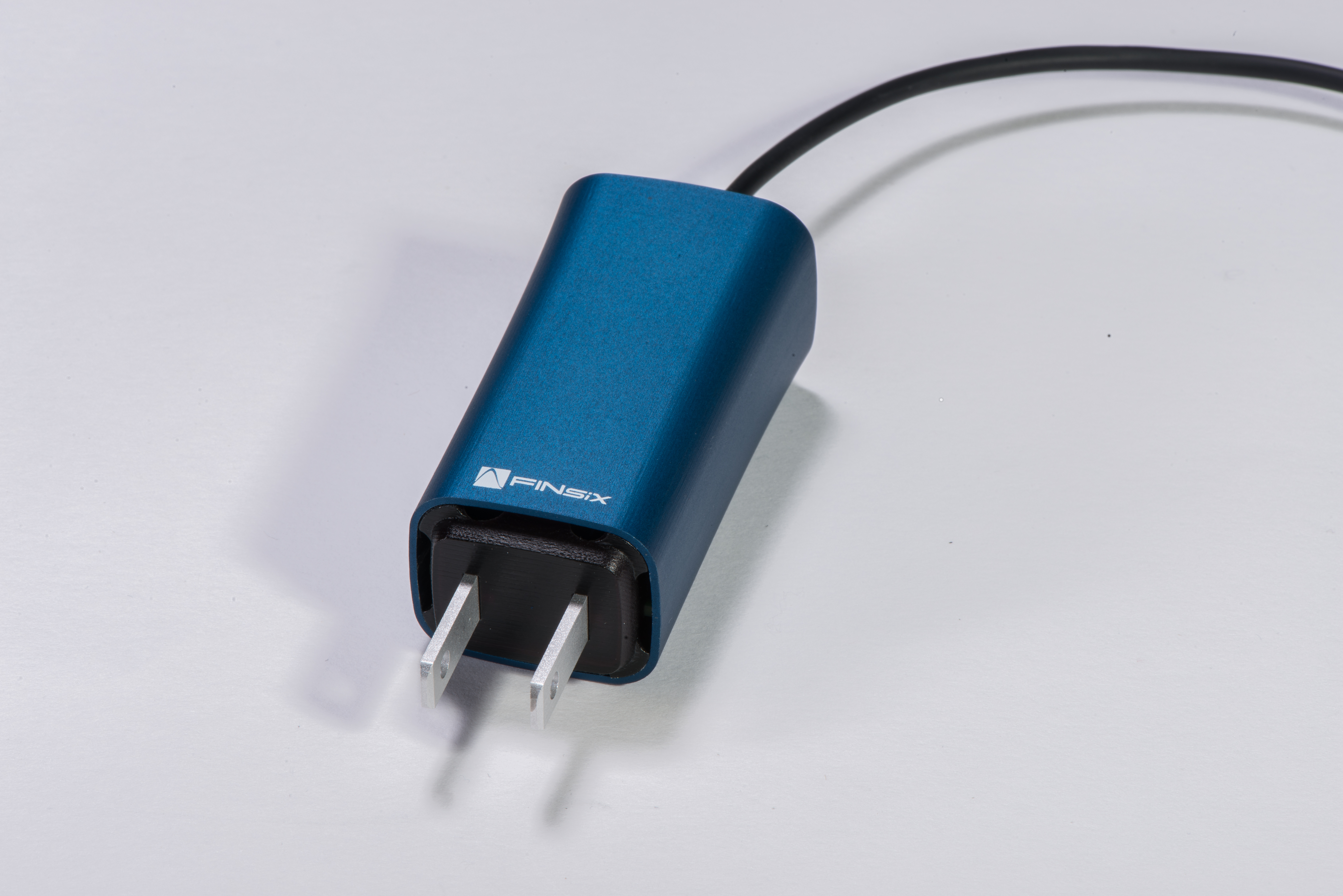 The World's Smallest Laptop Adapter (Photo: Business Wire)