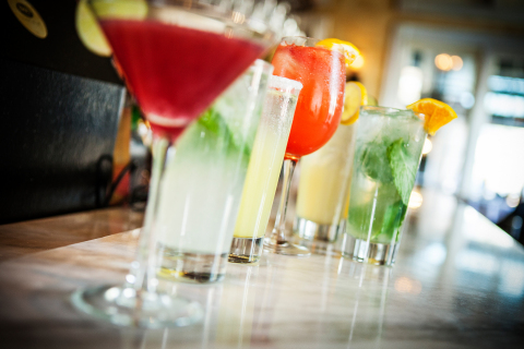 During BRIO's BAR BRIOSO hours, guests may enjoy thirteen delightful beverage options, including Italian Lemonade, Sangria Rosa, Vodka Martini, four Porta Palo wine selections, and Key Lime Mojito, for $4-$6 per glass. (Photo: Business Wire)