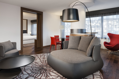 Executive Suite- Sheraton Zurich (Photo: Business Wire)