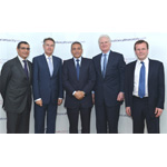 Said Ibrahimi, CEO CFCA; Michael Whitwell, President MEA, AIG; Moulay Hafid, Elalamy, Minister of Industry, Trade, Investment & Digital Economy, Morocco; Nicholas Walsh, Vice Chairman, AIG (Photo: Business Wire)