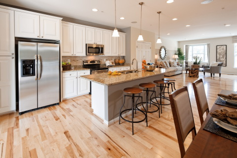 Spacious Kitchen at Red Oak Crossing (Photo: Business Wire)