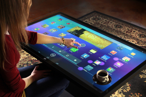 Ideum's popular Platform 46 Coffee Table using 3M's Multi-touch technology. (Photo: Business Wire)