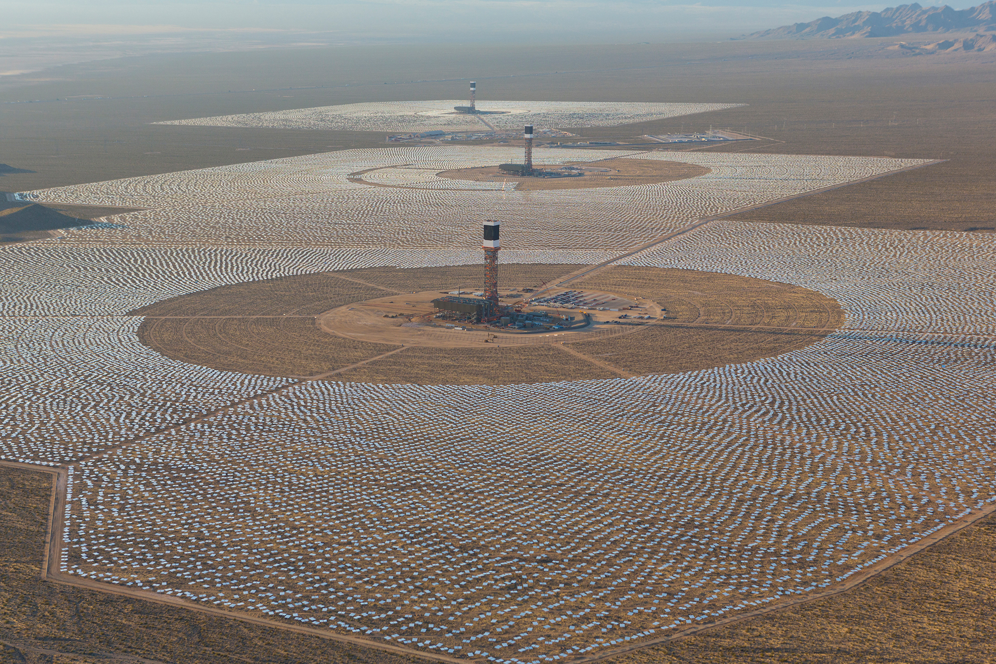 World s st Solar Thermal Power Project at Ivanpah Achieves