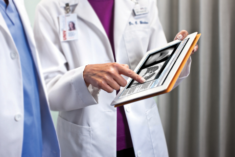 Carestream receives its first FDA clearance for reading medical images on multiple mobile platforms. (Photo: Business Wire)