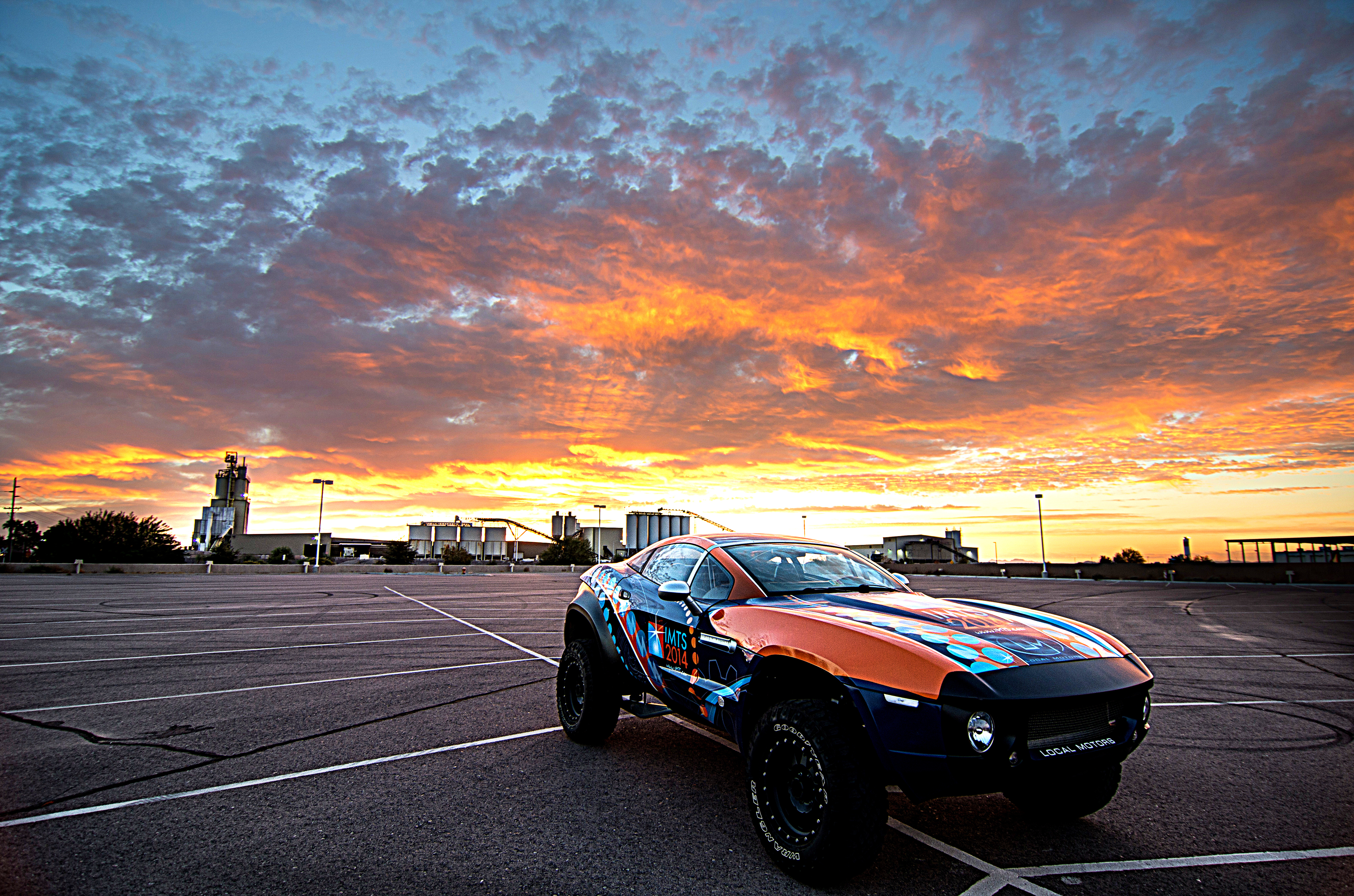 Local Motors Rally Fighter with custom IMTS 2014 wrap near the Local Motors Microfactory in Chandler, Arizona. (Photo: Business Wire)