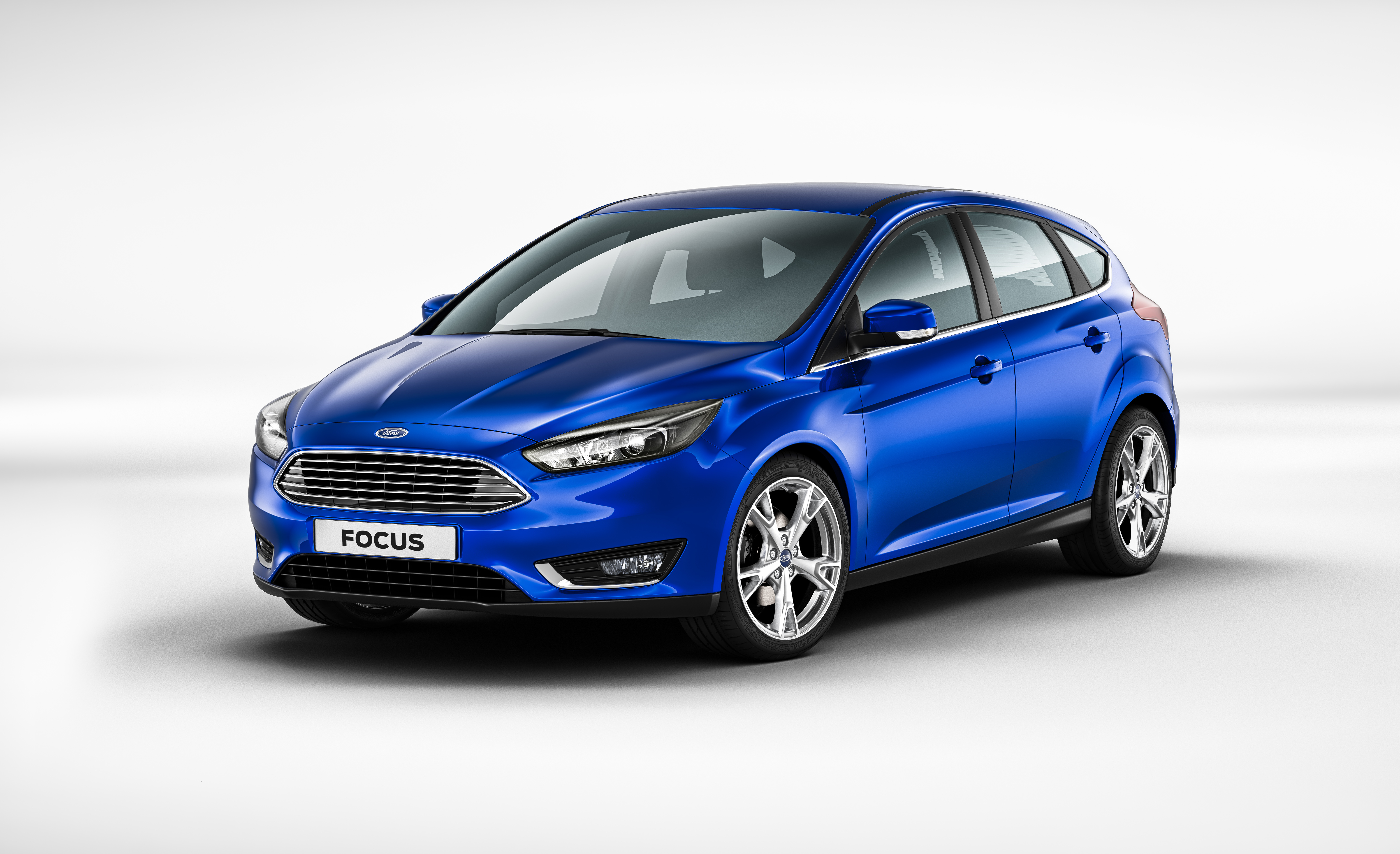 Redesigned Ford Focus delivers 1.0-liter EcoBoost(R) engine, new exterior design, completely revised interior and advanced new technologies for improved customer comfort and safety. (Photo: Business Wire)
