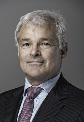 Perry Stoneman, Capgemini Corporate Vice President and Head of Sectors (Business Wire)