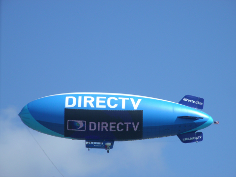 The new DIRECTV Blimp features the world's only 2,100-square-foot LED Lightsign screen. (Photo: Business Wire)