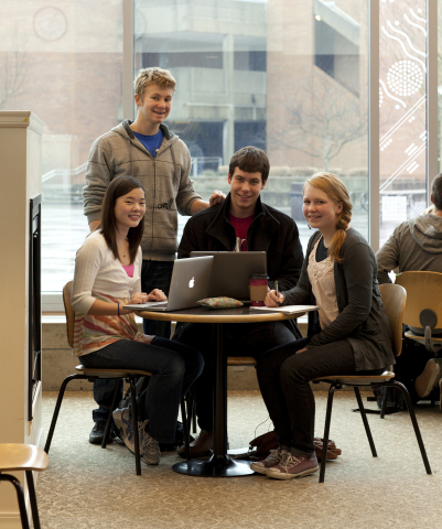 Bellevue College students can now use their mobile devices inside and outside the classroom to access the Internet, email and important educational applications and resources via the college's new Aruba wireless LAN. (Photo: Business Wire)