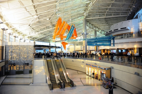 The main lobby in Houston's William P. Hobby airport. (Photo: Business Wire)