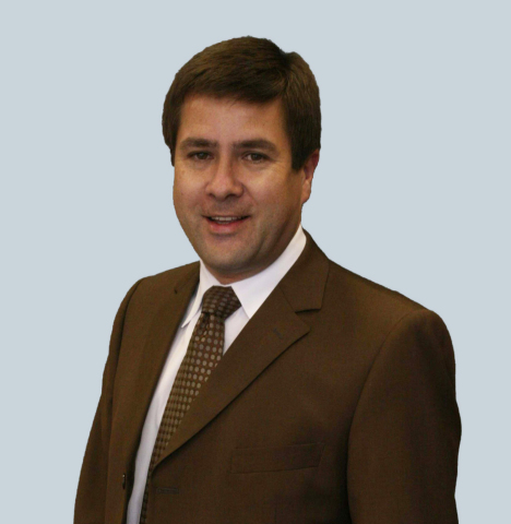 Dr. Philipp Lang, Chairman and CEO of ConforMIS (Photo: Business Wire)